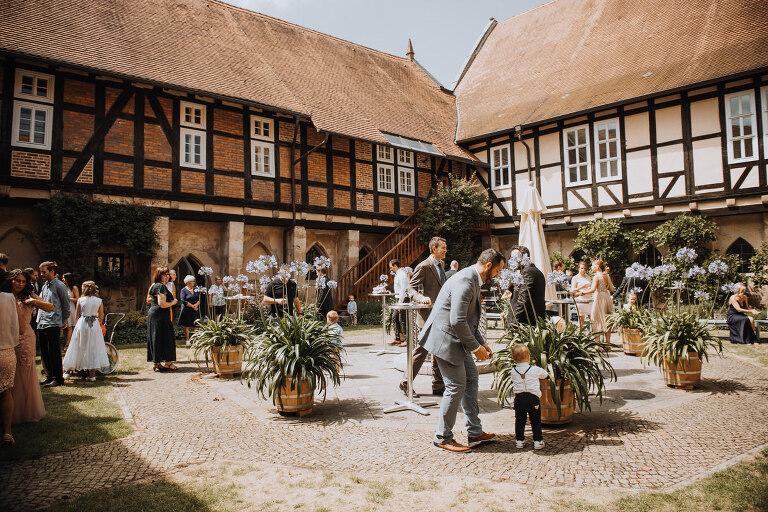 hochzeit-im-kloster-haydau-morschen